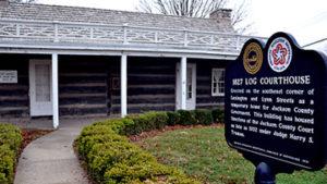 1827 Log Courthouse