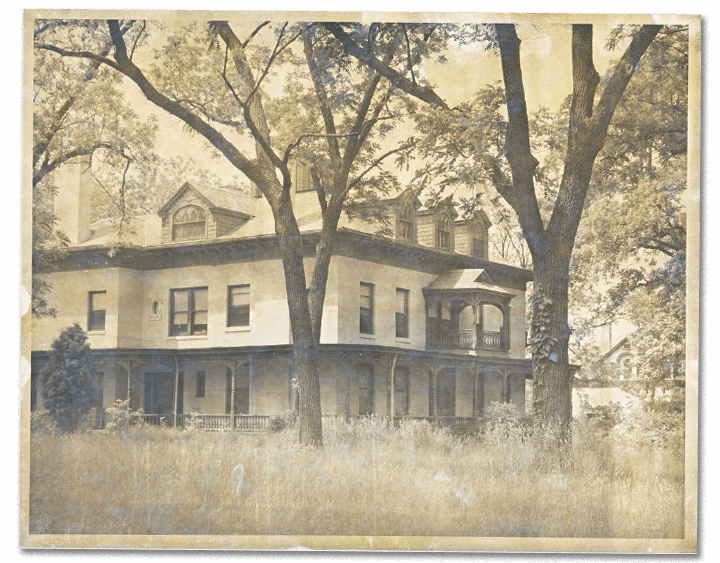 A black-and-white photo of the Bingham-Waggoner Estate in Independence, MO