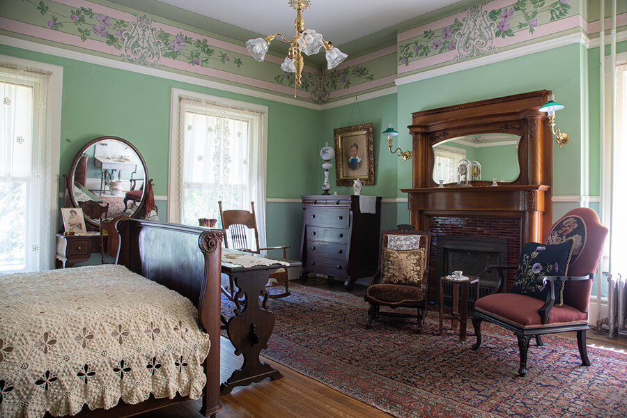bedroom in the Bingham-Waggoner Estate in Independence, MO